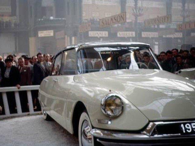 Rare color photos from the 1955 Paris Autoshow.